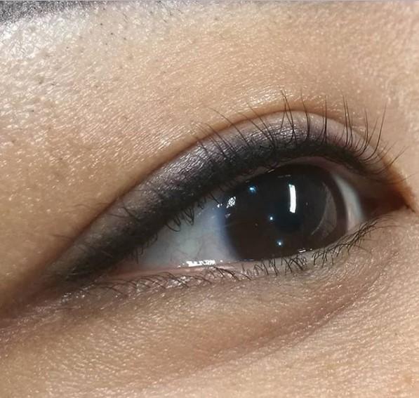 Вреден ли татуаж глаз